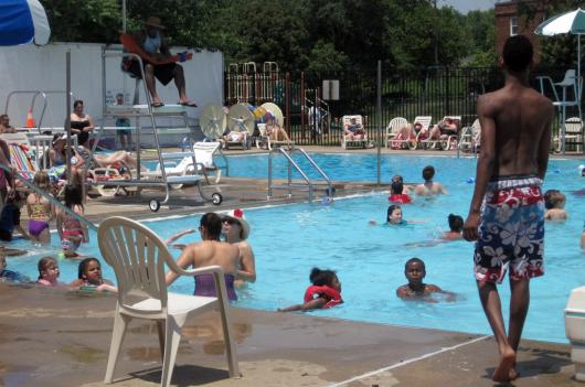 Old Town Pool in Alexandria, Virginia (Photo via Alexandria Aquatics)